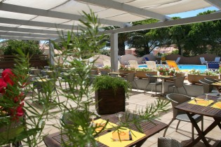 RELAX'OTEL RESTAURANT & SPA