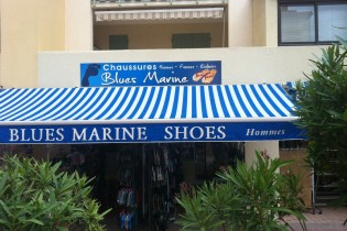 MAGASIN DE CHAUSSURES BLUES MARINE
